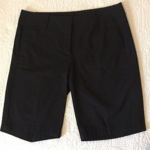 NWOT Ann Taylor Boardwalk short sz 4